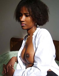 Photo collection of sexy amateur ebony chicks