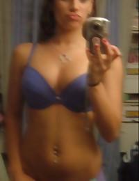 Photo gallery of a Spanish girlfriend's selfpics